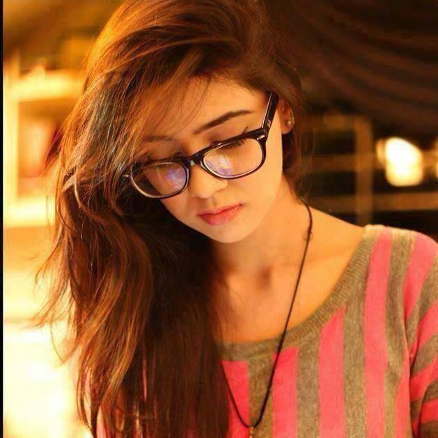 alone whatsapp dp girl